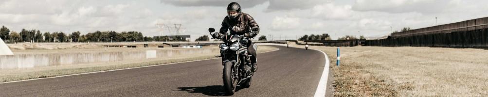 Casque moto grand-tourisme